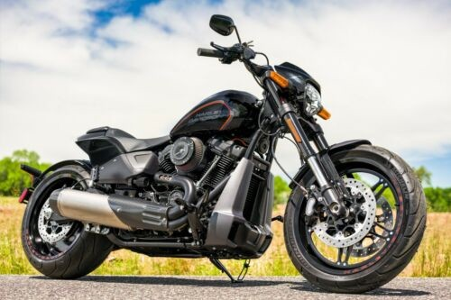 2019 Harley-Davidson Softail Vivid Black photo