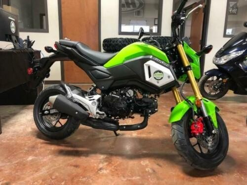 2019 Honda Grom -- Green photo