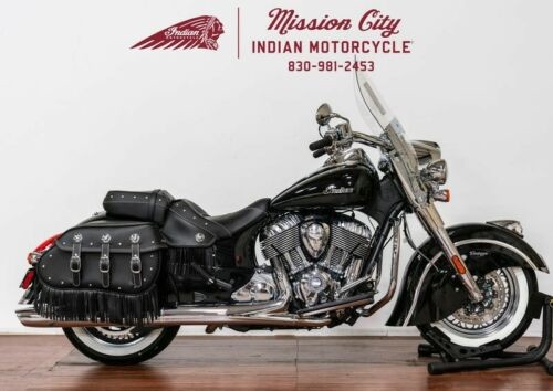 2019 Indian Chief® Vintage Thunder Black -- Black photo