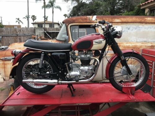 1967 Triumph Trophy Red photo