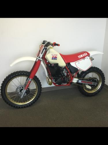 1986 Yamaha YZ White photo