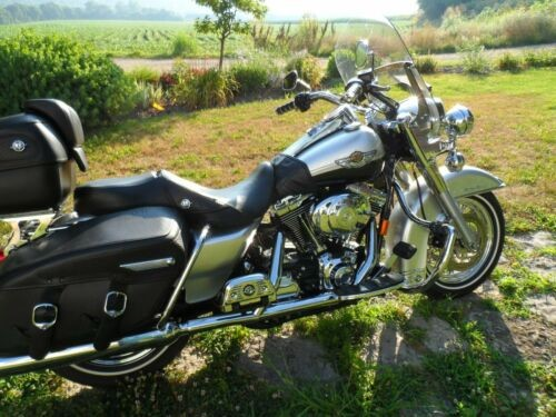 2003 Harley-Davidson Touring Silver photo
