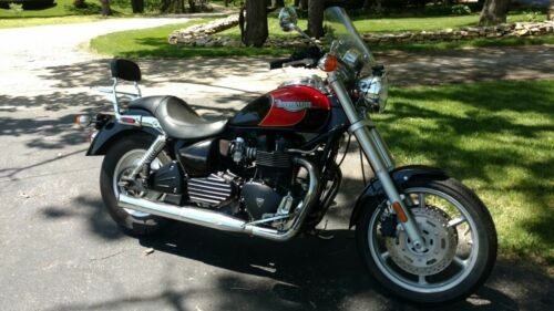 2005 Triumph Other Red photo