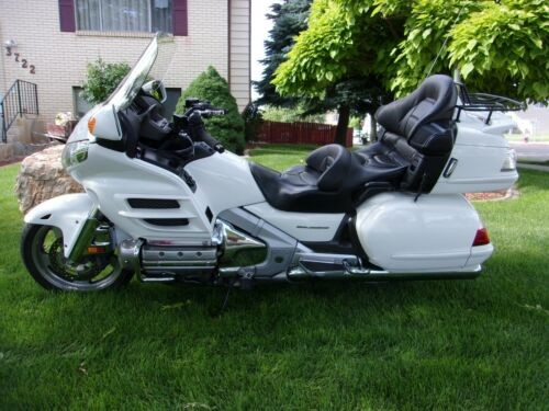 2006 Honda Gold Wing White photo