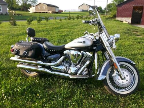 2006 Yamaha Road Star Silver photo