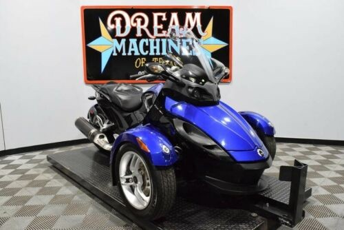 2010 Can-Am Spyder RS SE5 -- Blue photo