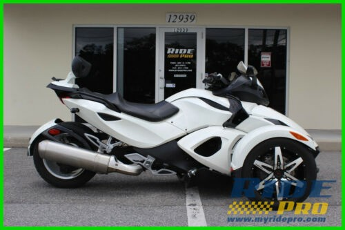 2010 Can-Am Spyder RS SE5 White photo