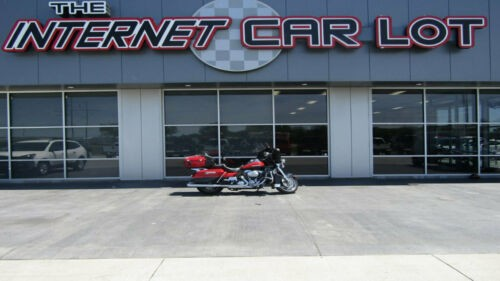 2010 Harley-Davidson Touring Ultra Limited Red photo