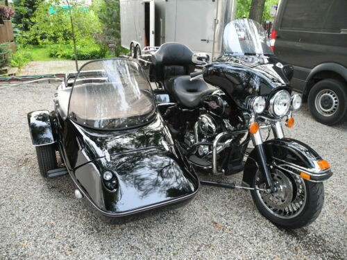 2013 Harley-Davidson Touring Black photo