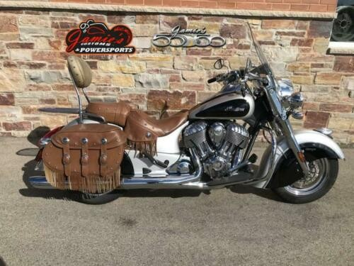 2016 Indian Chief Chief Vintage Star Silver and Thunder Black Black photo
