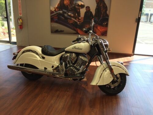 2016 Indian Chief White photo