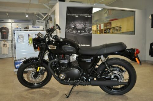 2017 Triumph Bonneville Jet Black photo