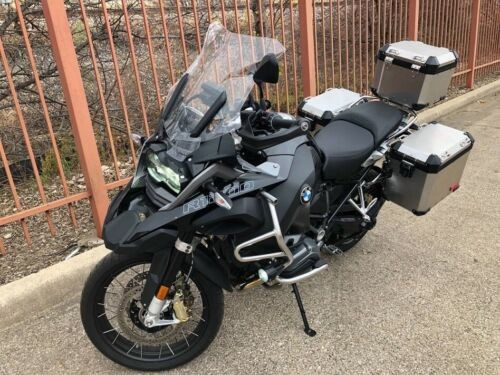 2018 BMW R-Series  photo