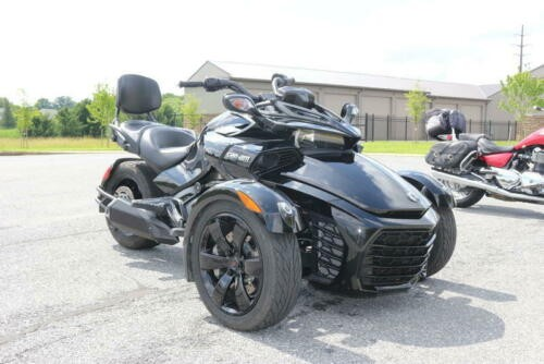 2018 Can-Am Spyder® F3 -- -- photo