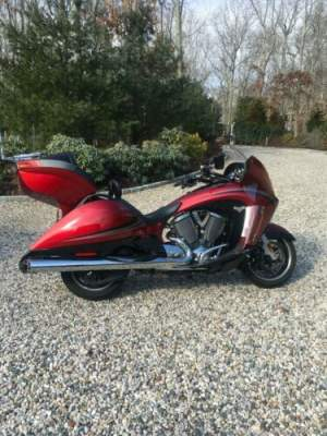 2013 Victory VISION Red for sale craigslist photo