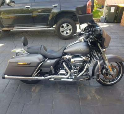2017 Harley-Davidson Touring Gray for sale photo