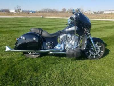 2017 Indian Chieftain® Limited Thunder Black Black for sale craigslist photo