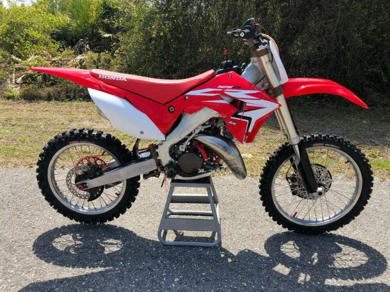 2002 Honda CR Red used for sale