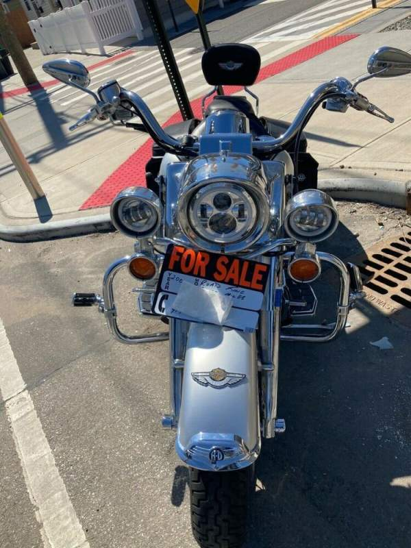2003 Harley-Davidson Touring Silver and black used for sale craigslist