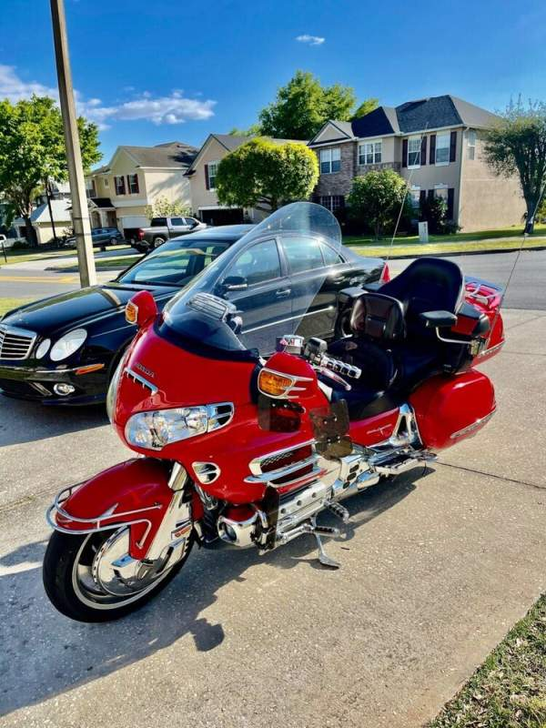 2004 Honda Gold Wing Red used for sale craigslist