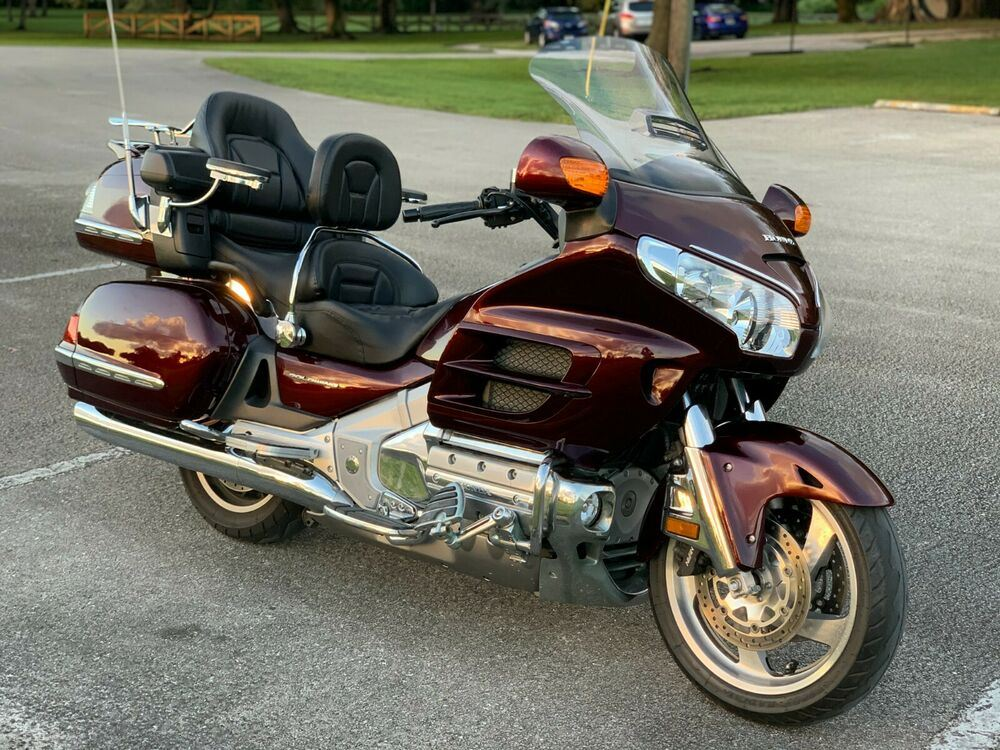 2008 Honda Gold Wing Red used for sale craigslist