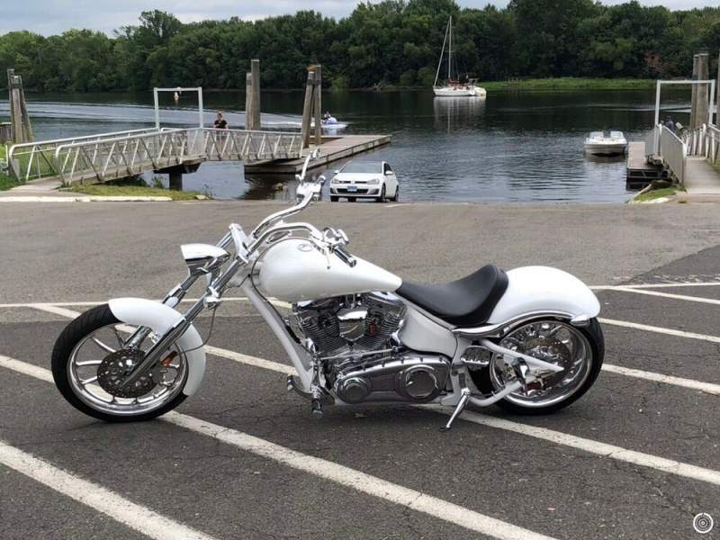 2009 Custom Built Motorcycles Chopper Pearl White clear coat & Chrome used for sale craigslist