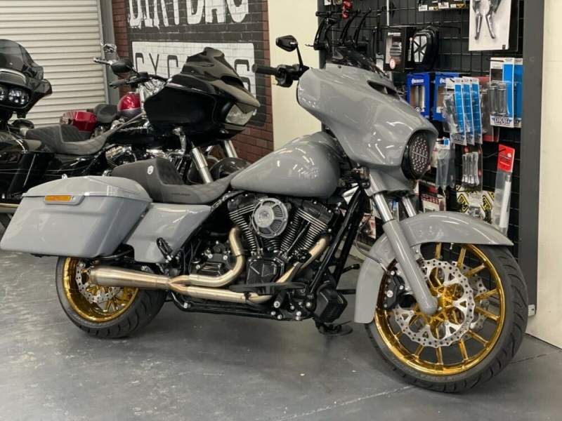 2015 Harley-Davidson Touring Gray used for sale