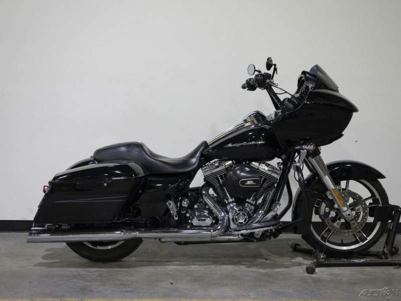 2016 Harley-Davidson Touring FLTRX ROAD GLIDE CUSTOM VIVID BLACK used for sale craigslist