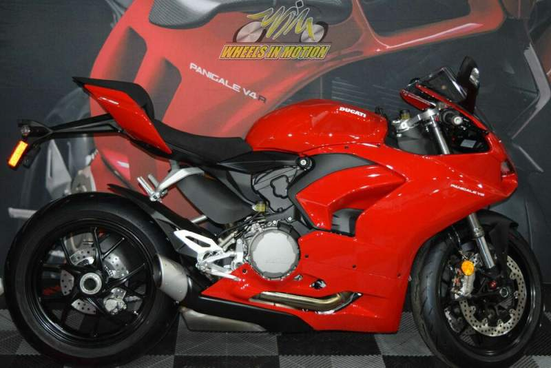 2020 Ducati Panigale V2 Ducati Red Red used for sale
