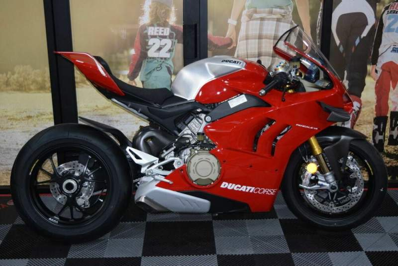 2020 Ducati Panigale V4 R Red used for sale