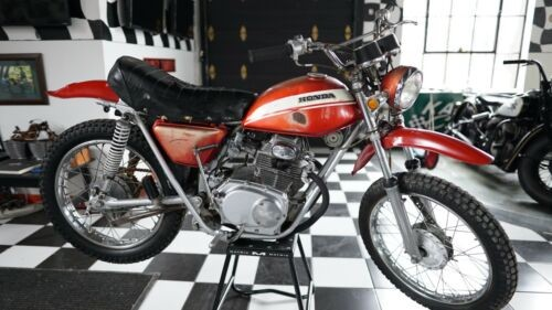 1970 Honda CB RED photo