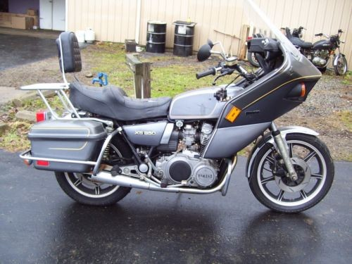 1980 Yamaha XS sikver/gray for sale
