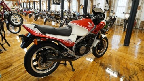 1983 Honda Interceptor Pearl Shell White/ Candy Red for sale