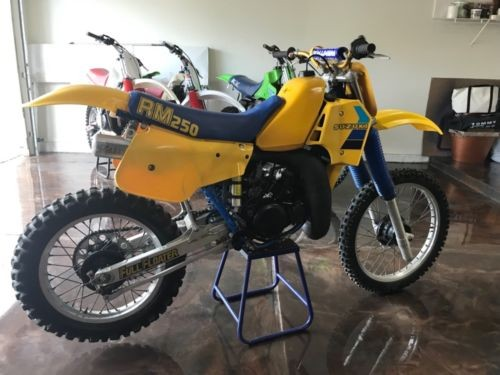 1984 Suzuki RM Yellow for sale