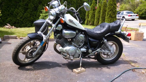 1997 Yamaha Virago Black and white for sale