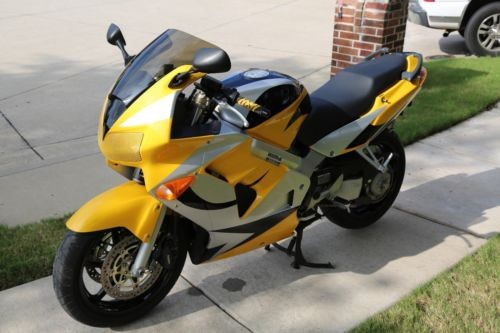2000 Honda Interceptor Yellow for sale craigslist