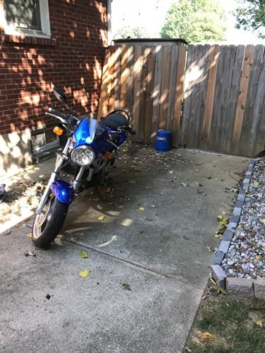 2001 Suzuki SV  photo
