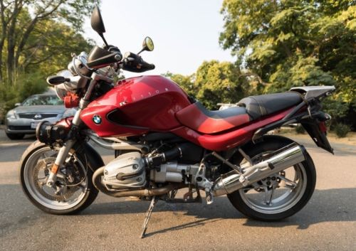 2004 BMW R-Series Red photo