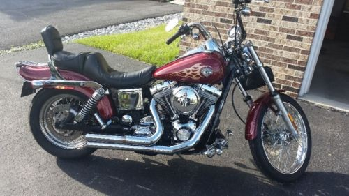2004 Harley-Davidson Dyna Lava Red Sunglow for sale
