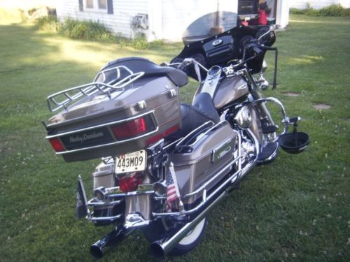 2004 Harley-Davidson Touring SMOKEY GOLD/BLACK for sale