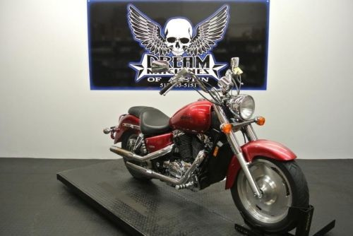 2004 Honda Shadow 1100 Sabre VT1100C -- Red for sale