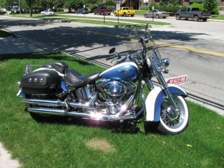 2005 Harley-Davidson Deluxe Blue/White for sale