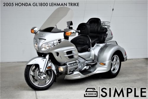 2005 Honda Gold Wing Silver photo