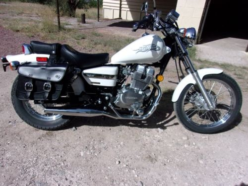 2006 Honda Rebel White for sale