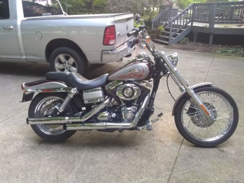 2007 Harley-Davidson Dyna Burgundy for sale