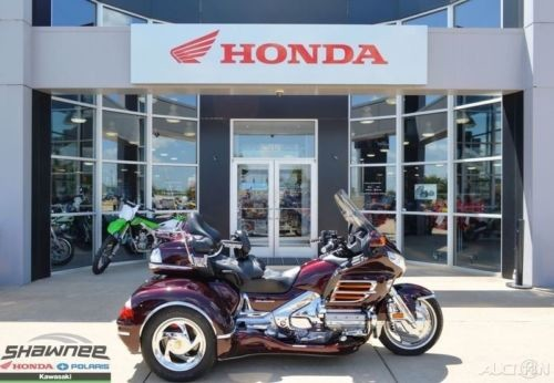 2007 Honda Gold Wing Red photo