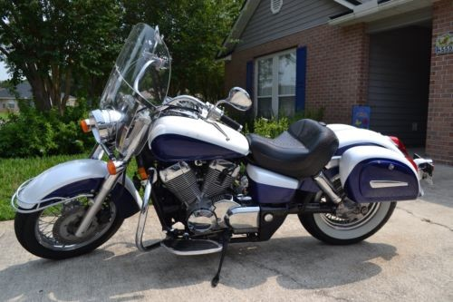 2007 Honda Shadow Pearl White and Midnight Blue photo
