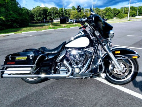 2009 Harley-Davidson Touring Black for sale
