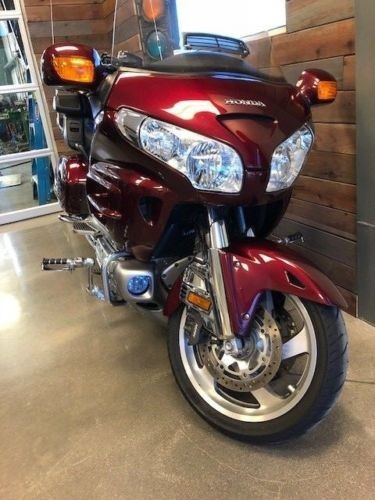2009 Honda Gold Wing Maroon for sale