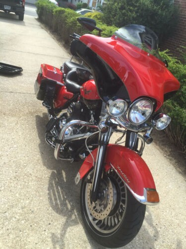 2010 Harley-Davidson Touring Scarlett Red/Vivid Black for sale